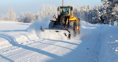 A snowplow in Sweden in 2010. This week, several drivers were stuck in snow in northern Sweden. (iStock)