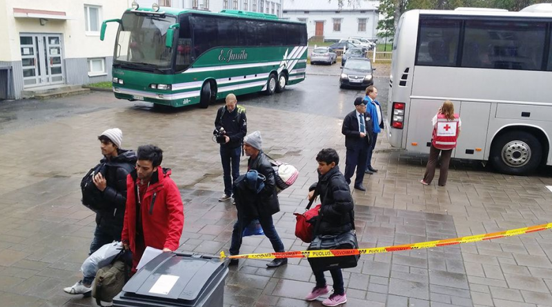 The first asylum seekers arrived at the new centre on Tuesday. (Minna Rinta-Tassi / Yle)