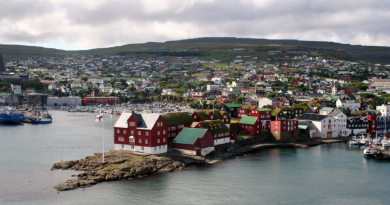 Tórshavn, the largest community in the Faroe Islands. While countries in the European Union, Norway and Iceland hasve seen their trade relations with Russia suffer because of sanctions and anti-sanctions, Faroese exports to Russia have gone up. (iStock)