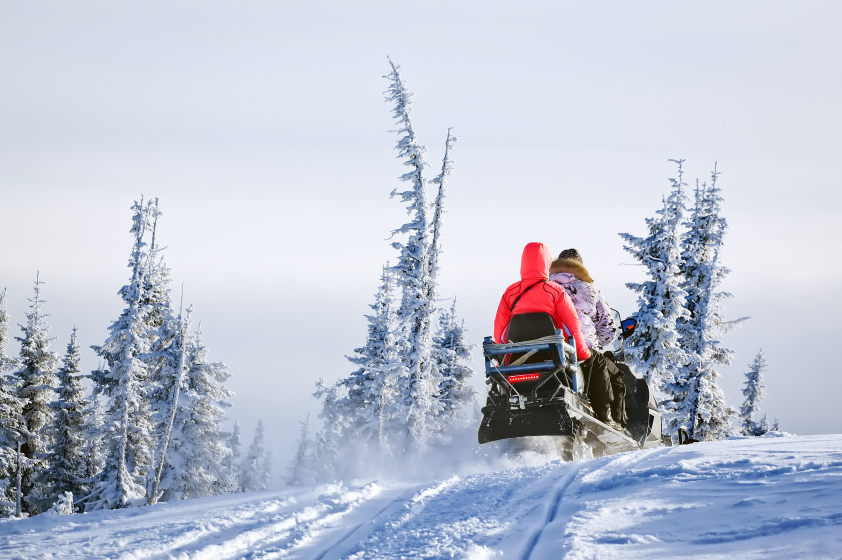 Starting January 1st, helmets will be required for snowmobile drivers in Sweden. (iStock)