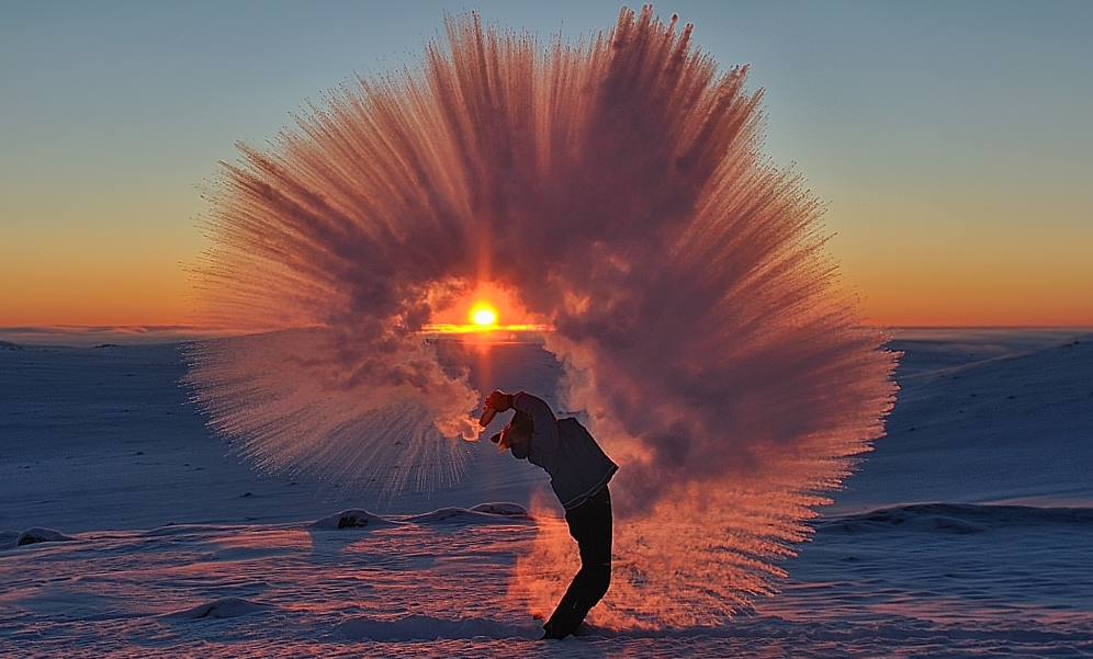 Photographer Michael H. Davies took this photo on the tundra outside Pangnirtung, Nunavut, a community of about 1,400 just a few kilometres south of the Arctic circle. (Courtesy Michael H. Davies)