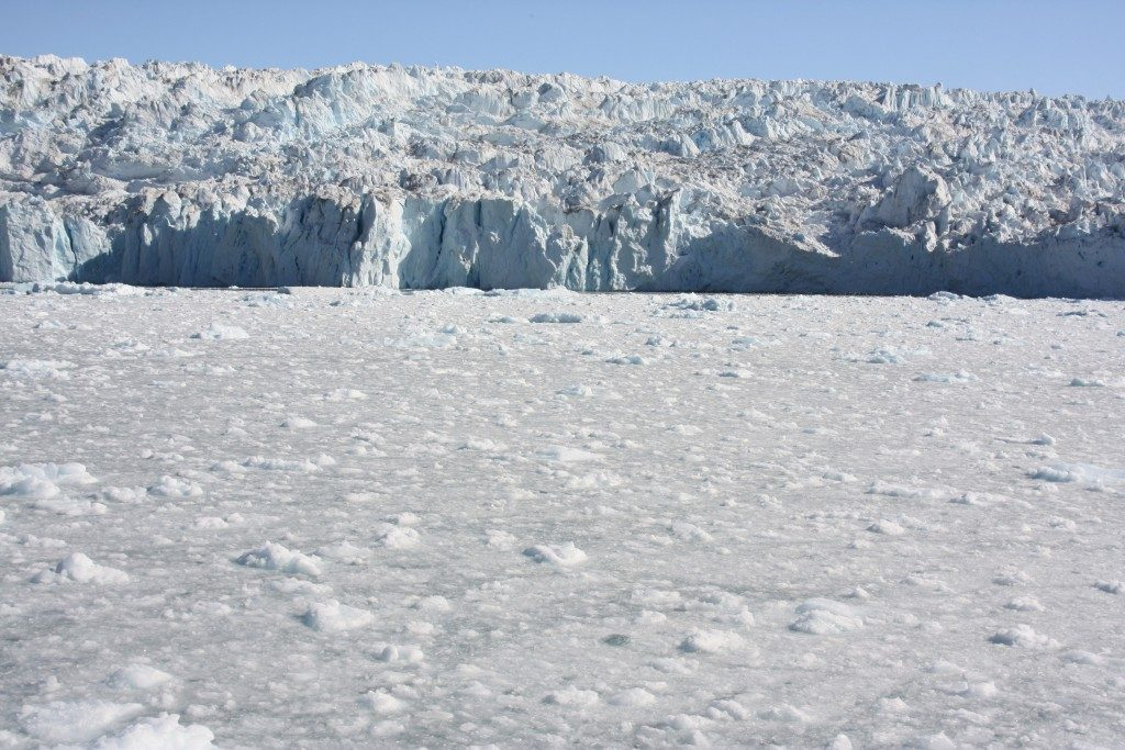 Greenland ice sheet is discharging ice into the ocean at an alarming rate. (Irene Quaile/Deutsche Welle)