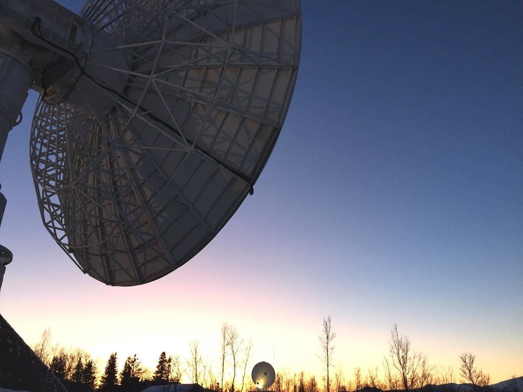 This KSAT antenna resembles the one currently a the Inuvik Satellite Station Facility in Canada's western Arctic. (Courtesy KSAT)