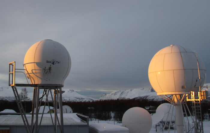 Kongsberg Satellite Services is a commercial company based in the Arctic Norwegian city of Tromso that specializes in supporting polar orbiting satellites. (Eilis Quinn/Eye on the Arctic)