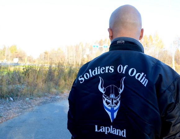 Finland's chief prosecutor is raising concerns about citizen patrols being organized by the anti-immigrant group Soldiers of Odin. (Minna Aula / Yle)