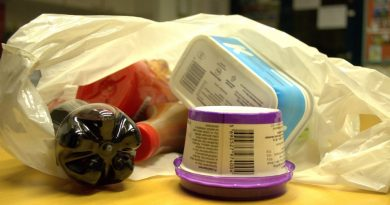 Examples of the kind of plastic waste that can soon be recycled everywhere in Finland. (Juho Liukkonen / Yle)