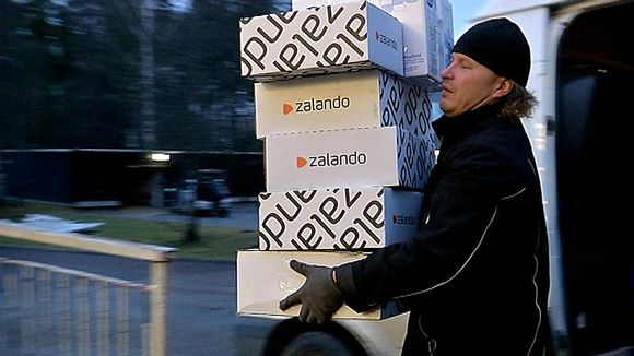 Foreign sellers who deliver goods to consumers in Finland do not have to pay the recycling charge. Something making Finnish retailers cry 'foul.' (Matti Myller / Yle)