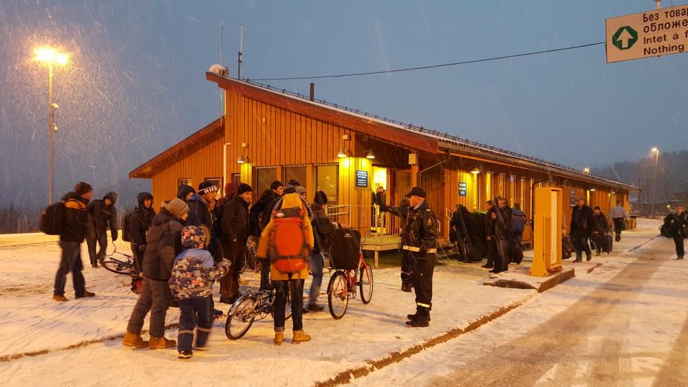 5500 migrants came on bikes across the Russian-Norwegian border in September-November 2015. (Thomas Nilsen/The Independent Barents Observer)