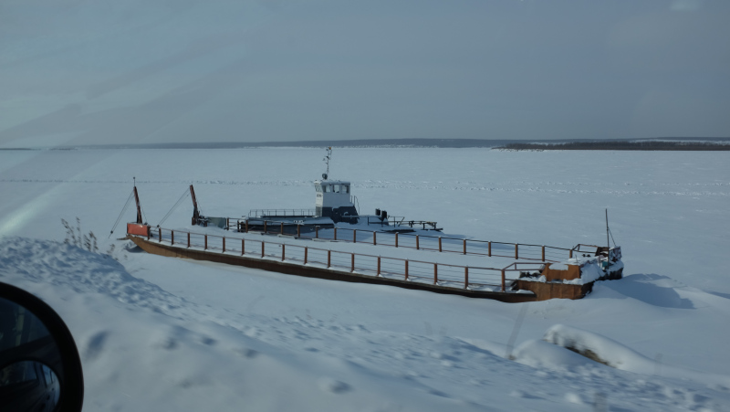 A ship frozen in the water near Kachikattsy. Photo by Mia Bennett