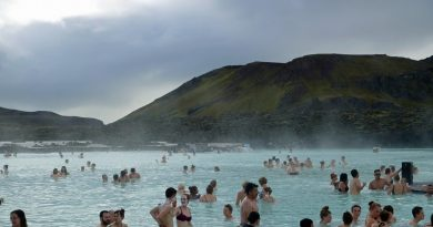 10% of Iceland's workforce employed in tourism