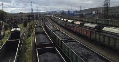 Russian, Chinese officials hold talks on Arctic railway project
