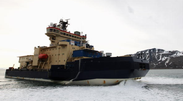 Sweden's icebreaker 'Oden' near Norway in 2008. The vessel will be helping Canadian researchers this summer as they collect data for their continental shelf claim. (Chris Jackson/Getty Images)