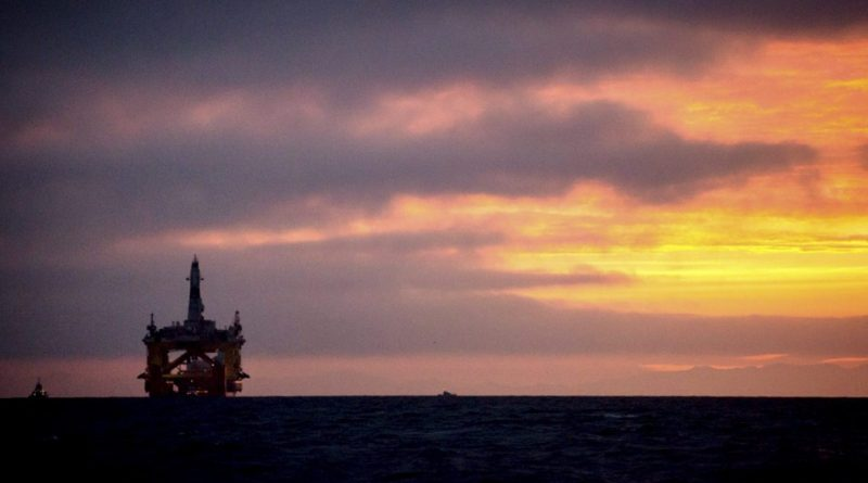 A Royal Dutch Shell oil drilling rig in 2015. This week a half-dozen Alaskans connected to the oil industry traveled to Washington, D.C., to urge administration officials to keep the Alaska lease sales on the agenda — in the Beaufort in 2020 and Chukchi in 2022.(Daniella Beccaria/seattlepi.com via AP)