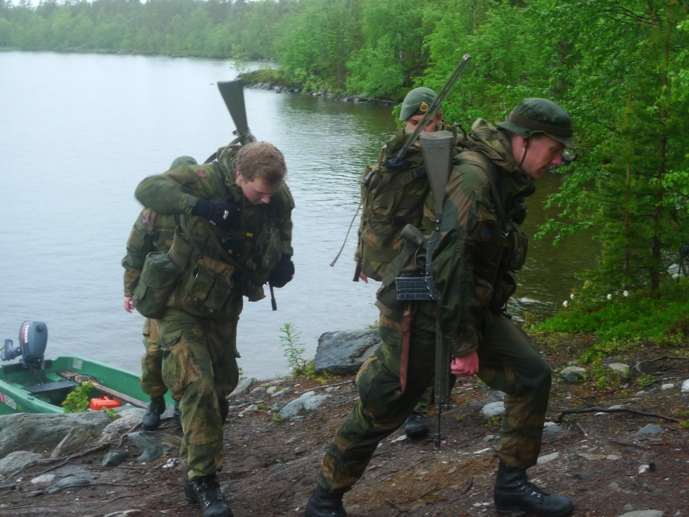 Norwegian border guard soldiers in the Pasvik valley. (Thomas Nilsen/The Independent Barents Observer)