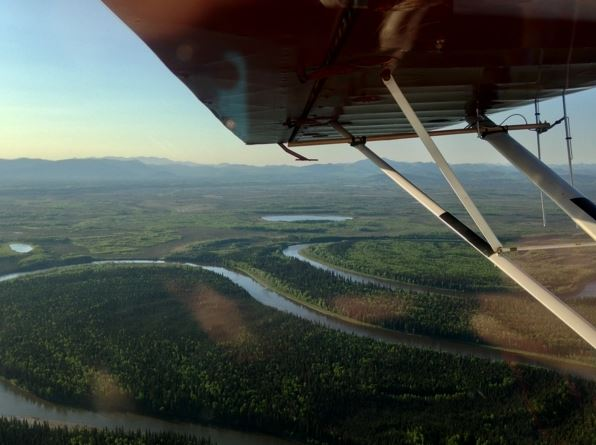 Flying between McGrath and Fairbanks, May 27, 2016. (Laurel Andrews / Alaska Dispatch News)