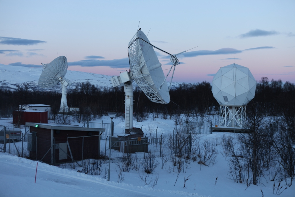Satellite data ( KSAT site in in Tromso) helps, but cannot penetrate deep ocean, Avery says. (Irene Quaile/Deutsche Welle)