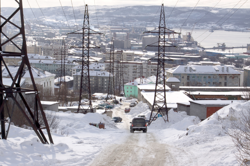 A road in the Arctic Russian port city of Murmansk. In recent elections, the regional party is suspected of ballot stuffing and of having compelled company workers to go to the polls. (iStock)