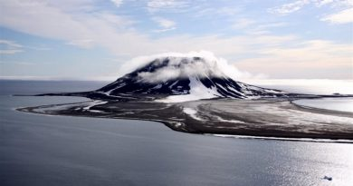 Arctic national park expands, becomes Russia's biggest