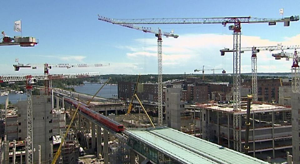 Construction in Helsinki's Kalasatama neighbourhood. (Yle)