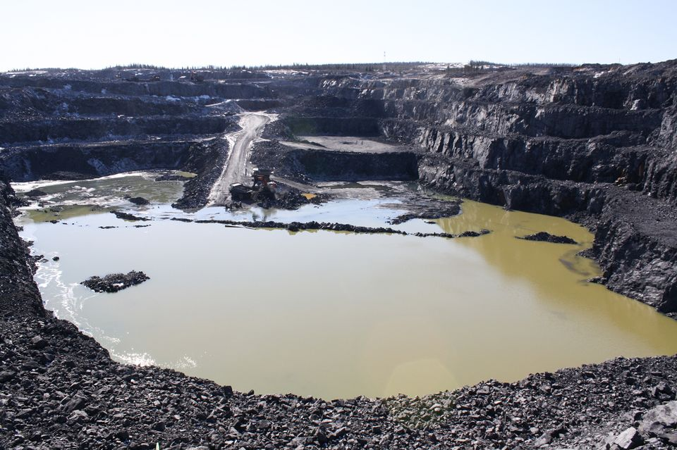 A view of Terrafame's northern quarry in April 2016. (Pasi Peiponen / Yle)