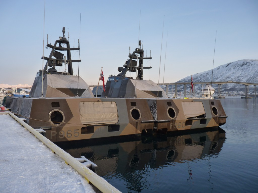 Norwegian naval patrol boats in Tromso harbour (Irene Quaile/Deutsche Welle)