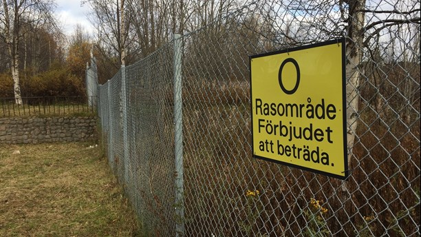 Some of the Malmberget area in Arctic Sweden is fenced off because of the risk of collapse. (Nils Eklund/Sveriges Radio)