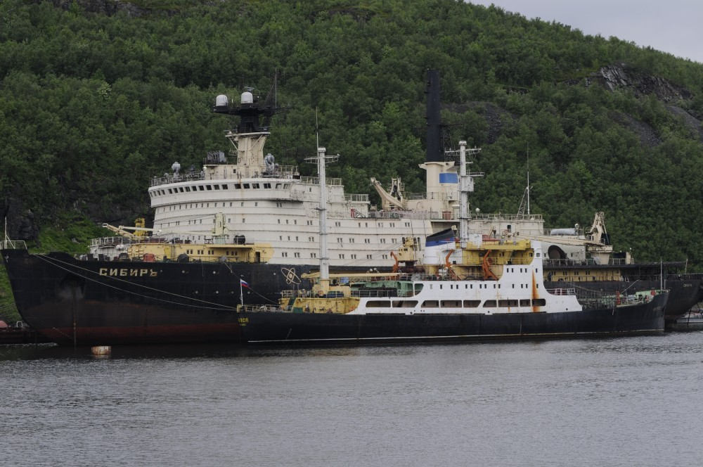 The Sibir has been moored at the northern quay at Atomflot since 1992. (Thomas Nilsen / The Independent Barents Observer)