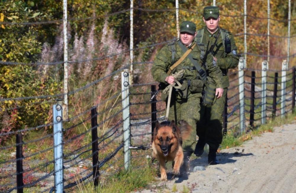 FSB border guards. (Thomas Nilsen/The Independent Barents Observer)
