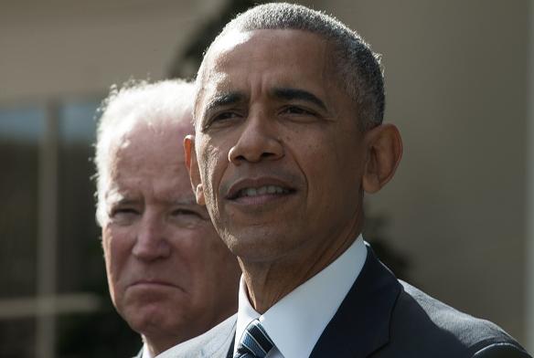 US President Barack Obama(R together with Vice President Joe Biden) on November 9, 2016. (Nicholas Kamm/AFP/Getty Images)