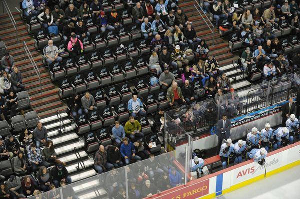 financially-struggling-alaska-professional-hockey-team-will-fold-at-seasons-end-2