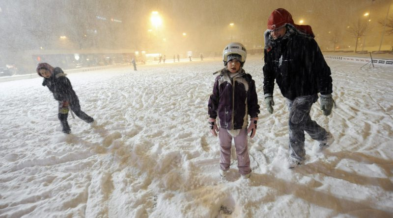 daycare-parents-fight-endless-war-with-finnish-winter-1