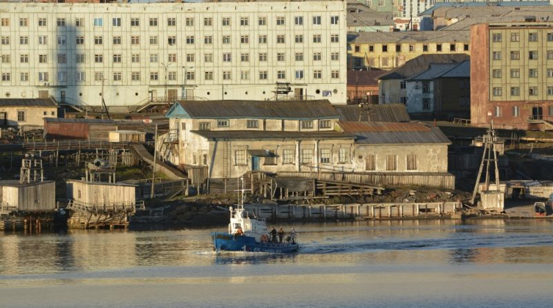 on-remote-russian-arctic-coast-grand-coal-project-making-1