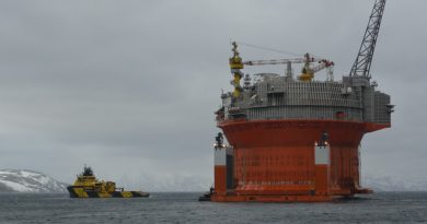 european-parliament-calls-for-ban-on-oil-drilling-in-icy-waters