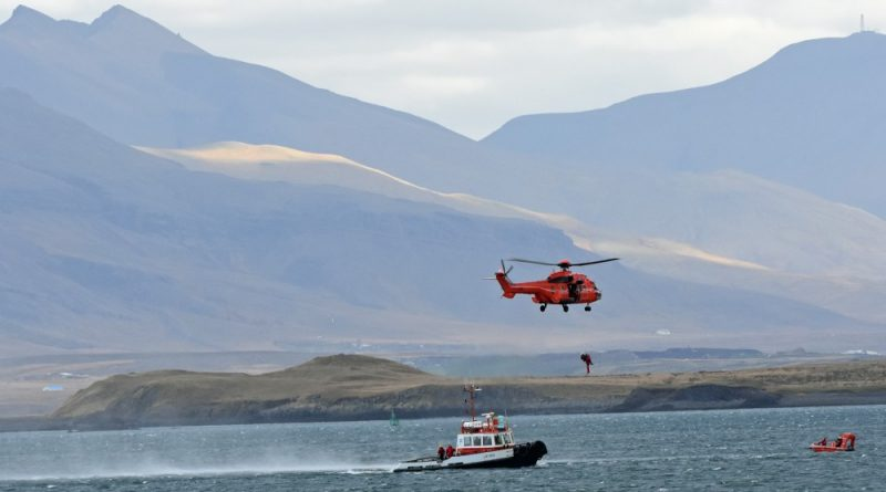 arctic-coast-guard-forces-team-up-for-shipping-emergencies