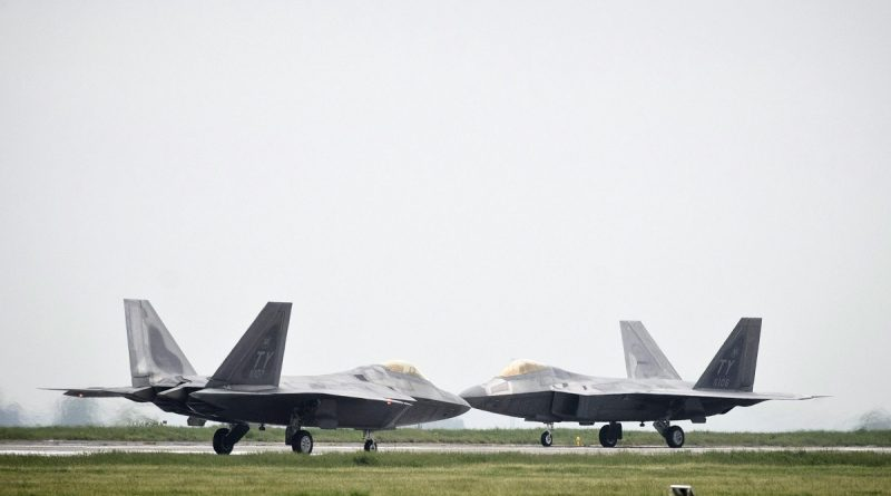 russian-bombers-spotted-outside-alaskaagain