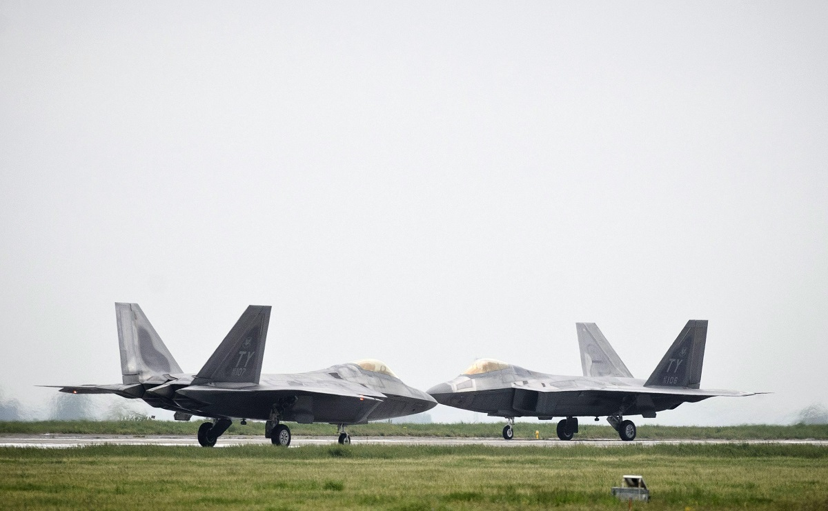 russian-bombers-spotted-outside-alaskaagain