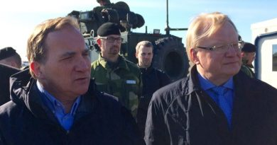 Sweden's Prime Minister reaffirms commitment to country's defense
