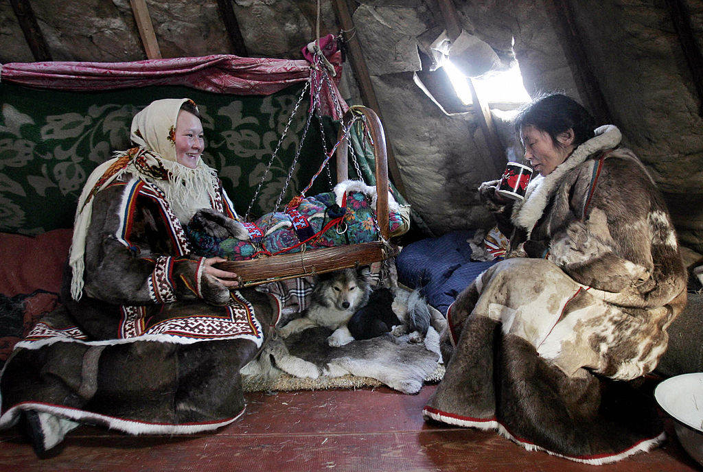 canadian-researchers-count-on-siberian-reindeer-herders-to-solve-archaeological-mystery-13