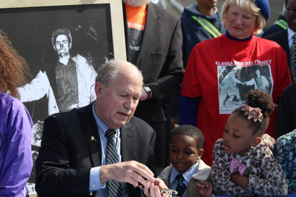 gov-walker-signs-bill-recognizing-the-black-soldiers-who-helped-build-the-alaska-highway-2