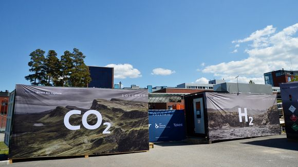 finnish-researchers-use-air-solar-power-to-create-renewable-hydrocarbon-3