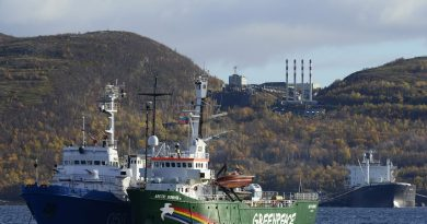 russia-ordered-to-pay-e5-4-million-for-seizing-arctic-sunrise