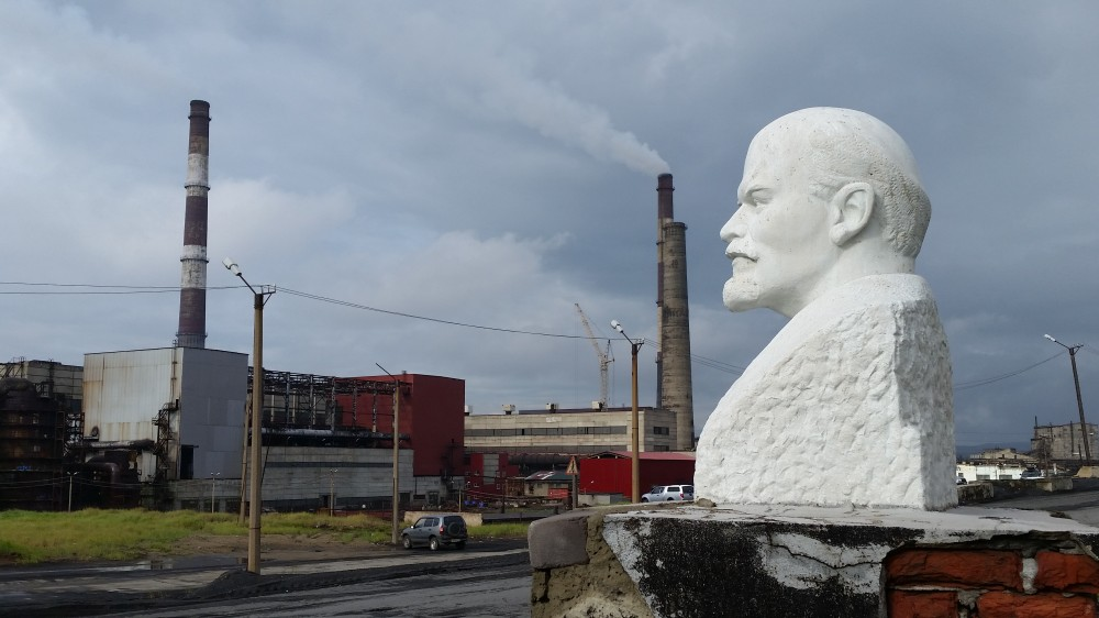 russian-mining-company-announces-sharp-drop-in-emission-near-norwegian-border-2