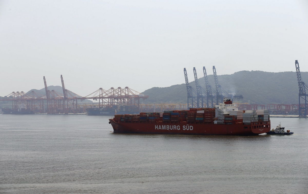 south-korean-company-plans-shipping-through-arctic-russia
