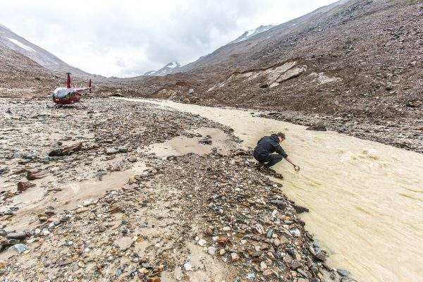 alaskas-small-high-mountain-glaciers-play-a-big-role-in-groundwater-and-river-systems-2