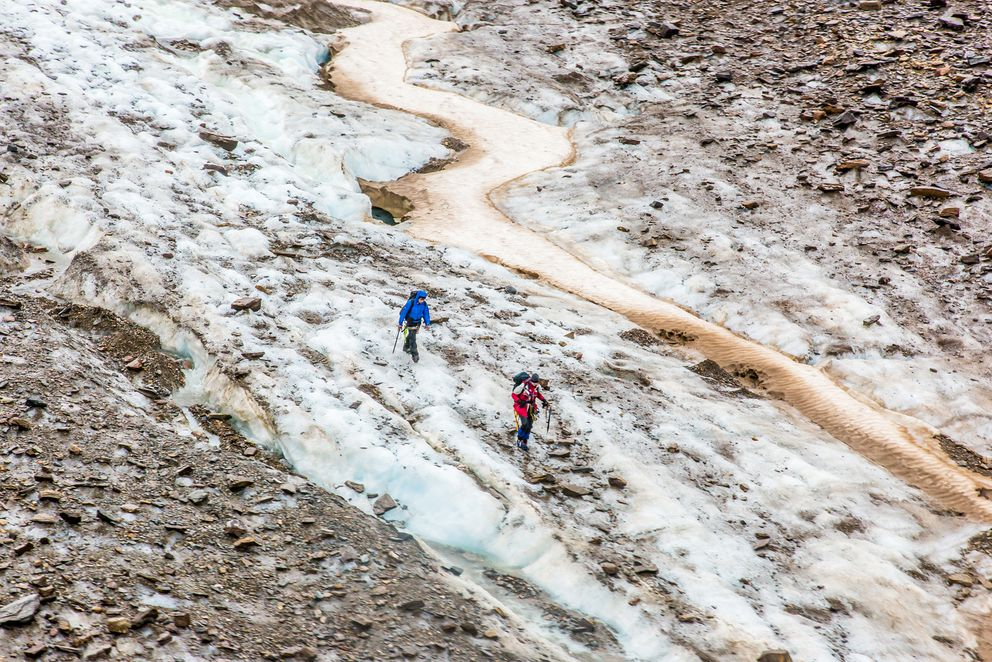 alaskas-small-high-mountain-glaciers-play-a-big-role-in-groundwater-and-river-systems