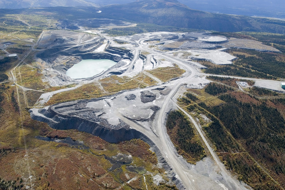 blog-trudeaus-yukon-plan-funding-another-road-to-nowhere-3