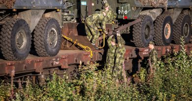finnish-defence-minister-western-countries-have-taken-the-bait-over-russias-zapad-exercises