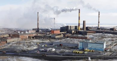 how-green-are-the-batteries-electric-car-revolution-boosts-business-for-big-arctic-air-polluter-3