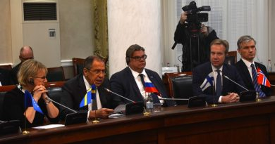 Russia's Lavrov attacks Norway, says relations on Svalbard should be better