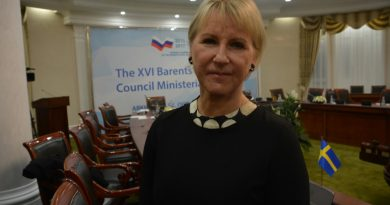 Swedish minister Margot Wallström takes on the lead in Barents